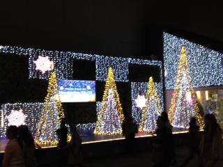 新宿ミロード・モザイクステージのクリスマスイルミネーション2012